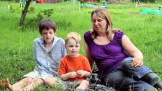 Allotment Gardening with Children - Growth Stays, Dirt Goes from Persil