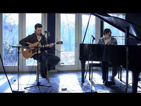 Everyone's Talking - Dance Over Me (Live acoustic)