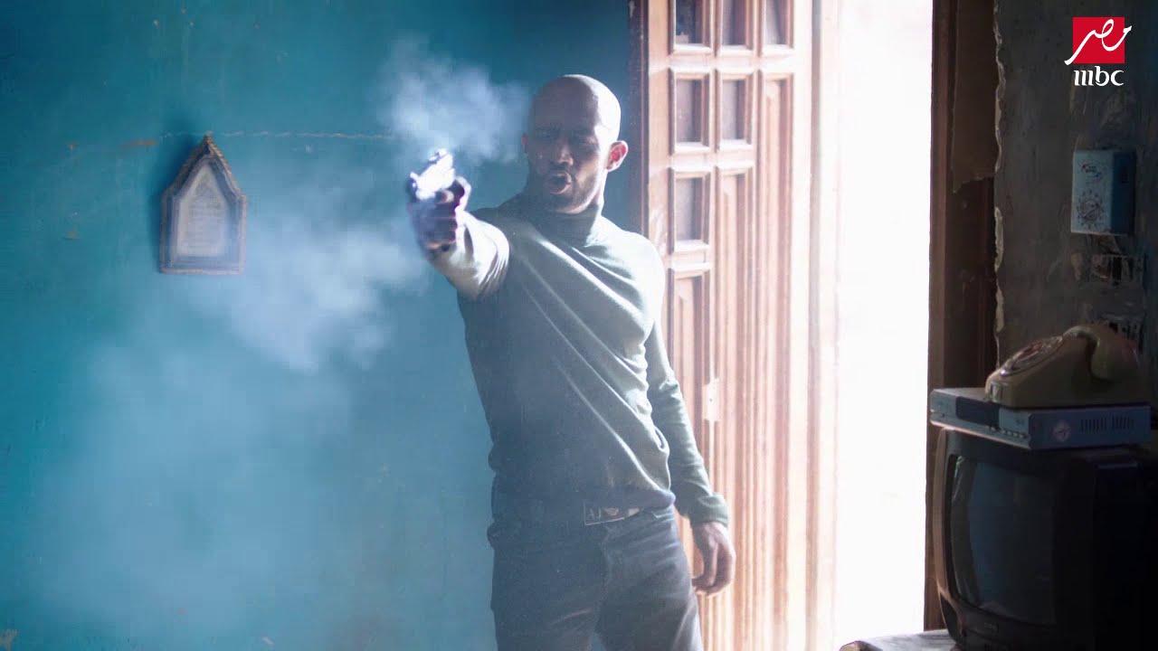 ناصر يقتل أمين ومرسي يترجاه بأن لايقتله فكان رده قتلتك يوم مالبستك قميص نوم