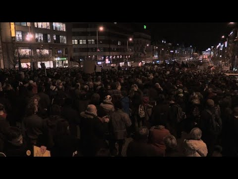 Thousands rally for media freedom in Prague
