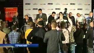 Владимир Кличко и Алекс Леапаи провели пресс-конфере...
