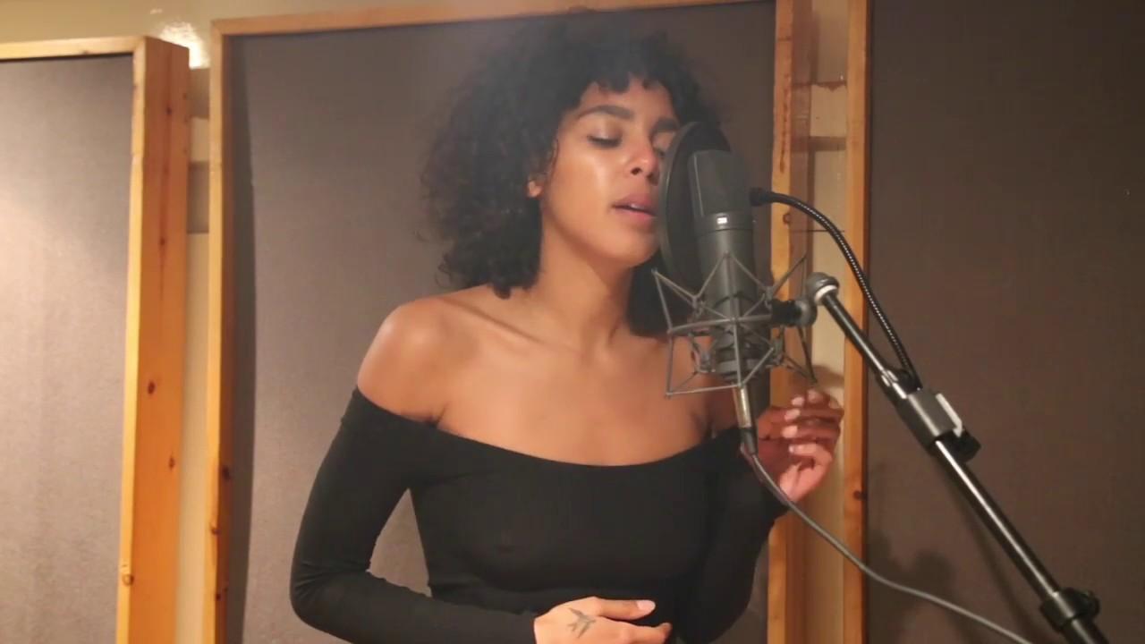 Arlissa - Hearts Ain't Gonna Lie (acoustic)