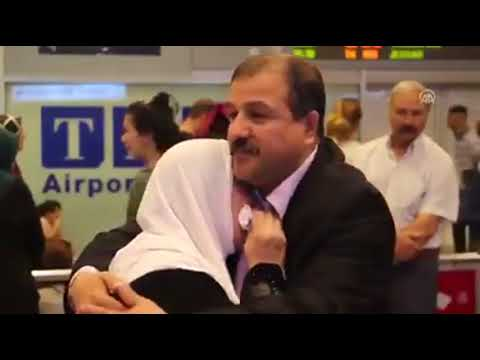 17 Years Exiled Palestinian Expatriate Fahmi Kan'an Hugs His Mother After She Arrived in Istanbul