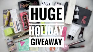 Huge Holiday Giveaway 2019 | Closed