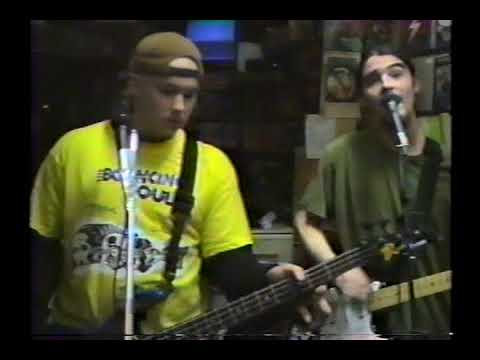 BuGLiTe LiVe '94 @ RoCkiN' ReX! YoNkeRs NY - 90's descendents pop-punk explosion!