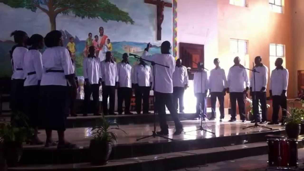 Bwana Unifadhili by St. Kizito Choir Embakasi - YouTube