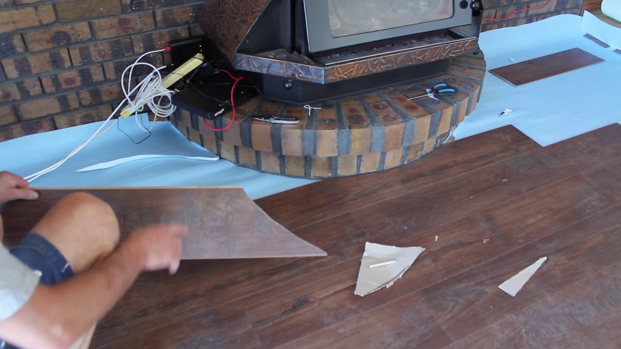 Cutting Curves In Timber Laminate Floorboards How To Cut