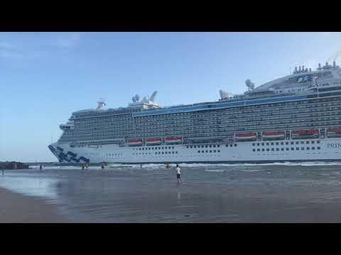 Fort Lauderdale Cruise Ship Causes Tsunami