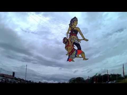 Festival Lomba Layang-layang Cilacap 2016 Kategori 2 Dimensi