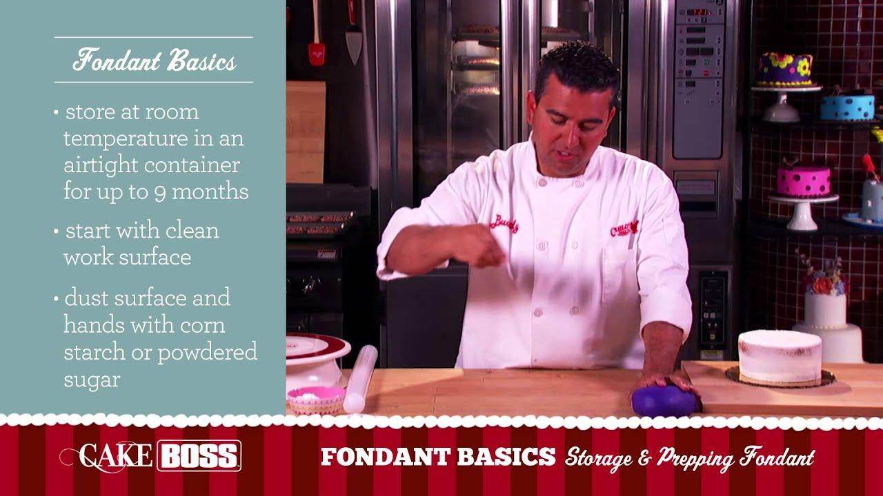 how to prepare a cake for fondant