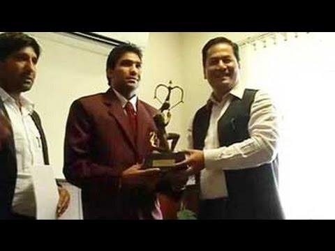 Boxer Manoj Kumar gets Arjuna Award after winning High Court case