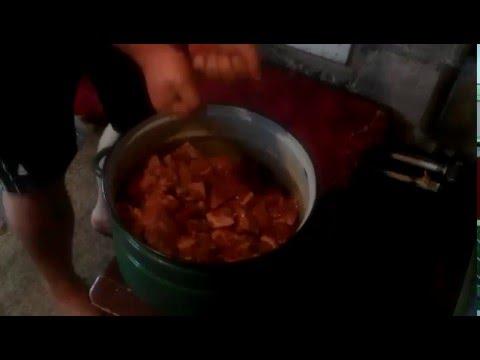 Свинина в луковом соусе