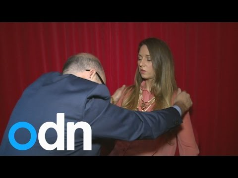 Paul McKenna hypnotises reporter to feel like she's on holiday…