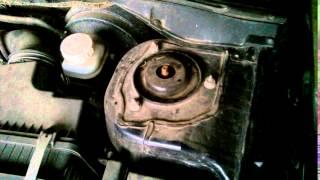Лансер 9. Скрип передний опоры амортизатора.
