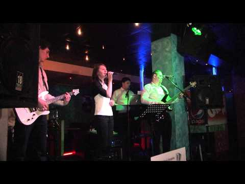 hudobná skupina AKORDIC - Ivanku Ivanku...Mamko moja...