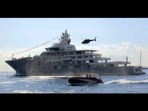 Impressive landings and take off of superyacht Ulysses' helicopter.