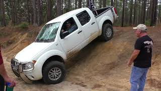 2015 and 2014 Nissan Frontier or Navara SV 4X2 Playing in Muddy Water
