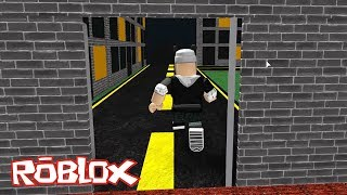 Run From the Wall That Came After You! Roblox The Crusher