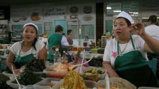 Зеленый базар. Салаты, рисовые кадюри.