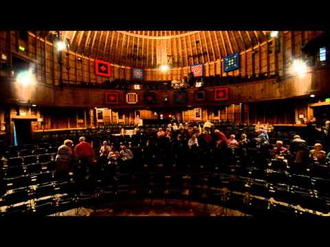 The Round Barn Theatre At Amish Acres Filling Up Youtube