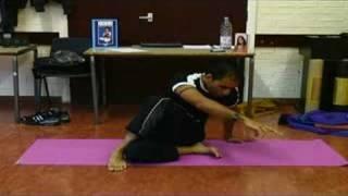Neil Patel - Chi Kri Yoga - Ardha Matsyendrasana Demo