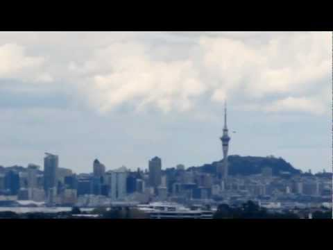 Breaking News UFO Sightings Flying Saucer? Over East Coast Road, Auckland! September 20 2012