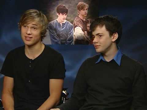 The Chronicles Of Narnia: Prince Caspian: Skandar Keynes and William Moseley Video