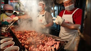Most CHAOTIC Street Food in Taiwan: Miaokou Night Market | PIG FEET Street Food in Keelung, Taiwan