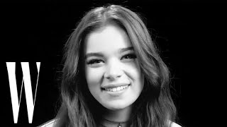 "Hailee Steinfeld's First Kiss Was On Screen: ""Yeah, I Was Nervous!"" 