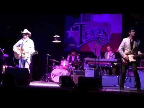 Dwight Yoakam - Suspicious Minds (encore)
