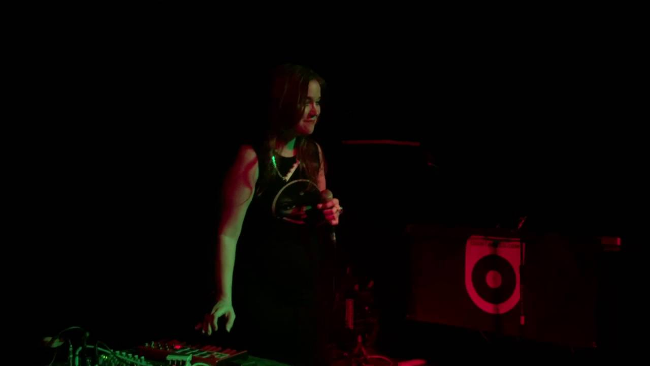 anna-wise-these-walls-live-529-atlanta-zar187