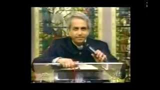 Benny Hinn Exposed - 40 years of LIES (mirror)