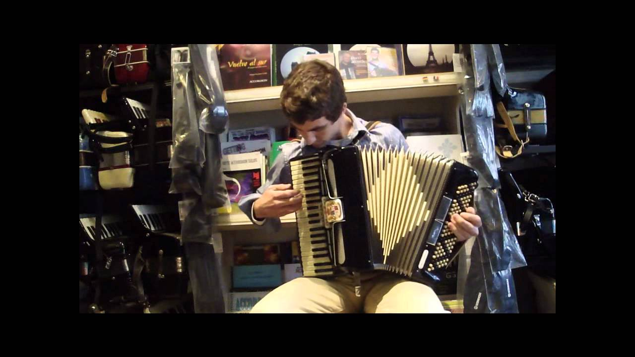 the-duke-piano-accordion-midget