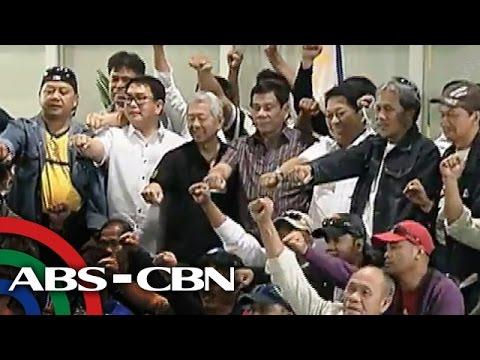 TV Patrol: Duterte, sinalubong ang mga OFW galing Saudi