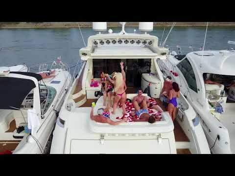 Party Cove Lake Lewisville Texas