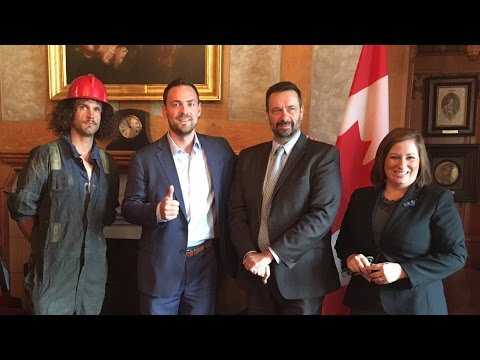 Politician and roughneck unite to fight for Canadian energy sector jobs