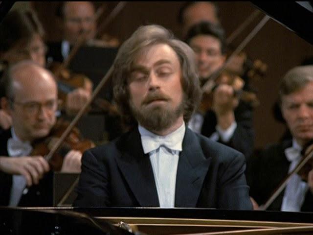 """Beethoven - Piano Concerto No 5 """"Emperor"""" - Zimerman"""