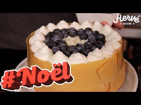 bûche-/-gâteau-de-noël-roulé-au-chocolat-blanc-&-myrtilles