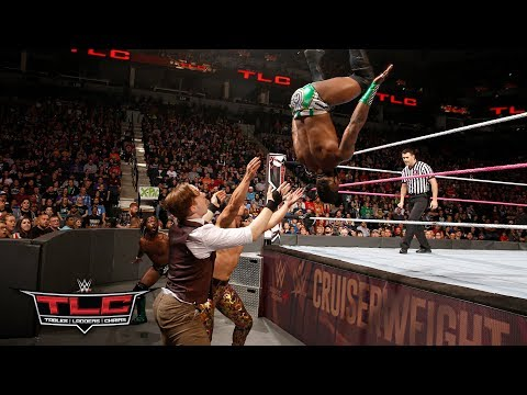 Cedric Alexander & Rich Swann wow the crowd with their acrobatic offense: WWE TLC 2017