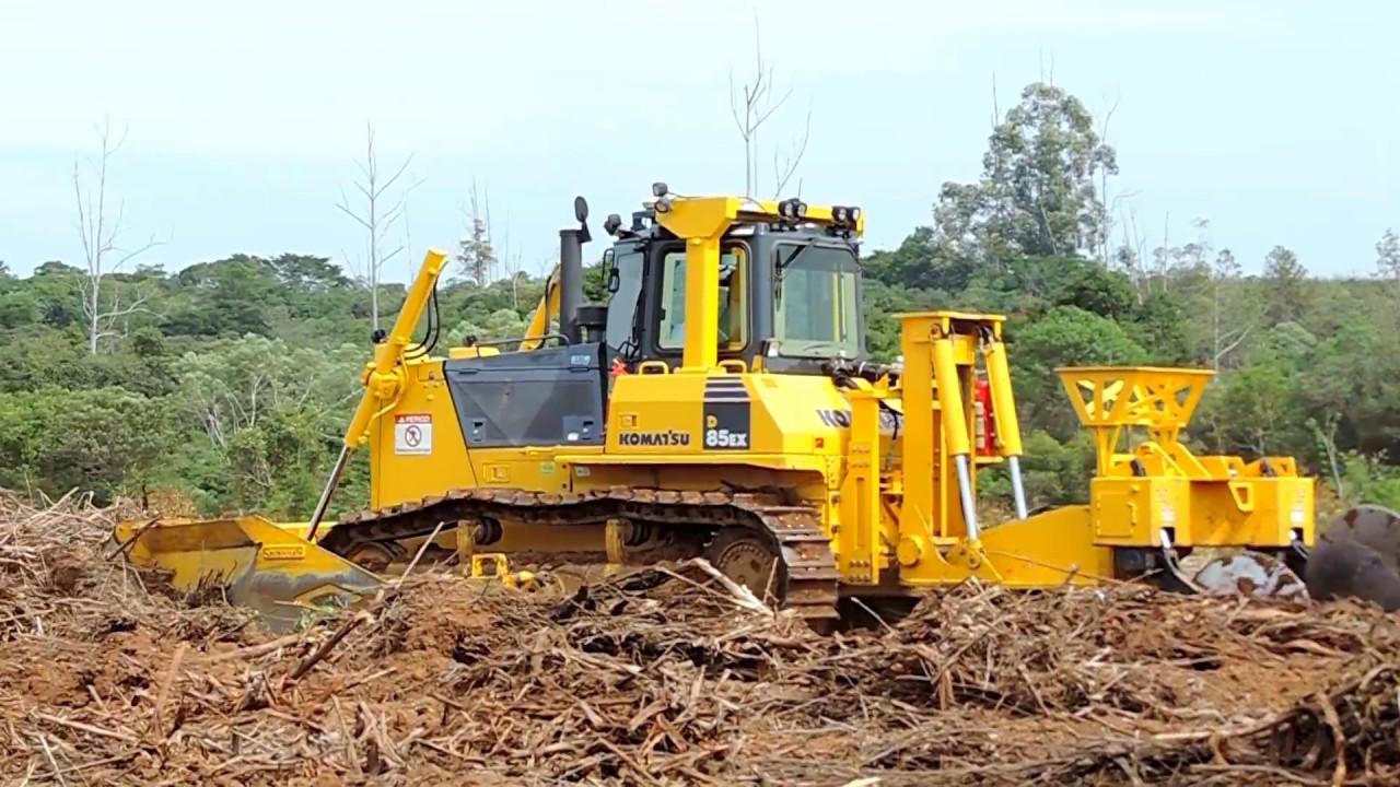 Dozer Komatsu D85 - Forestry