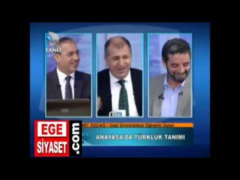 İzmir'de Kürtlük, Türklük Tartışıldı - TÜRKÖNE: ANYASA'DA TÜRKLÜK KAVRAMI HAPSEDİLİYOR