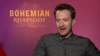 「ボヘミアン・ラプソディ」でQUEENのブライアン&ジョン役・グウィリム・リー&ジョー・マッゼロのWインタビュー