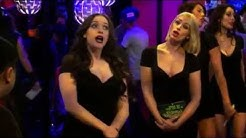 "2 Broke Girls S05E11 - Max And Caroline The "" Booth Babes """