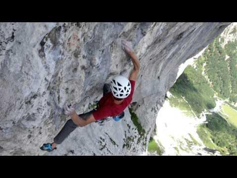 VIDEO: Roland Hemetzberger climbs Delirium, ~8c multi-pitch