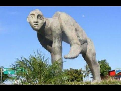 12 World's Most Weirdest Statues