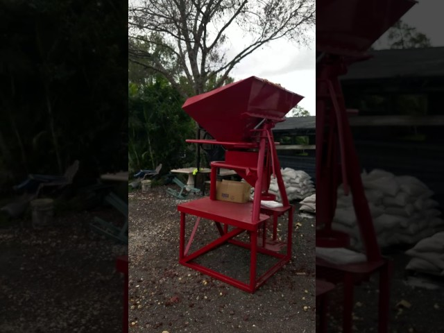 Homemade aggregate bagging machine