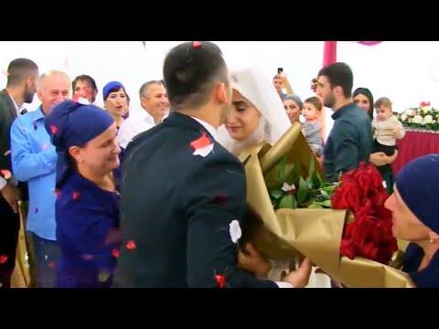 Как молодожены встретили друг друга на свадьбе! Очень красиво ♥ Смотреть до конца!