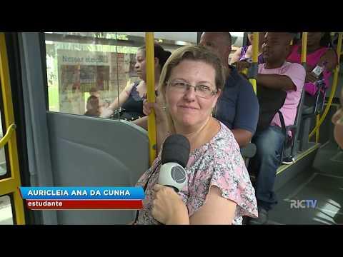Calorão em Itajaí: equipe do BG embarca no transporte coletivo