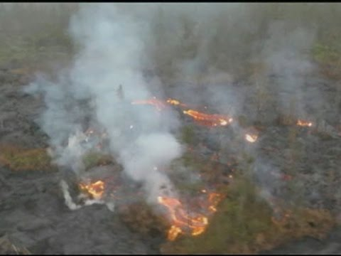 Raw: Lava Inches Closer to Highway