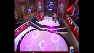 NASEEBO LAL Lumbi Judai at Sahir Show.flv